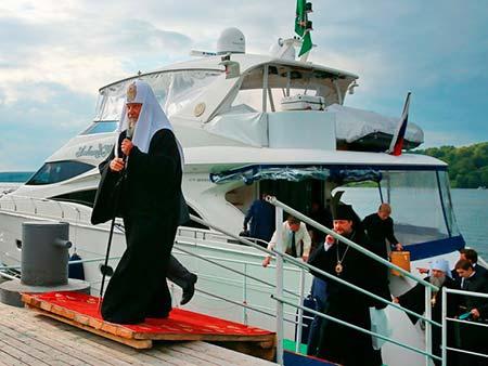 рпц яхта патриарх
