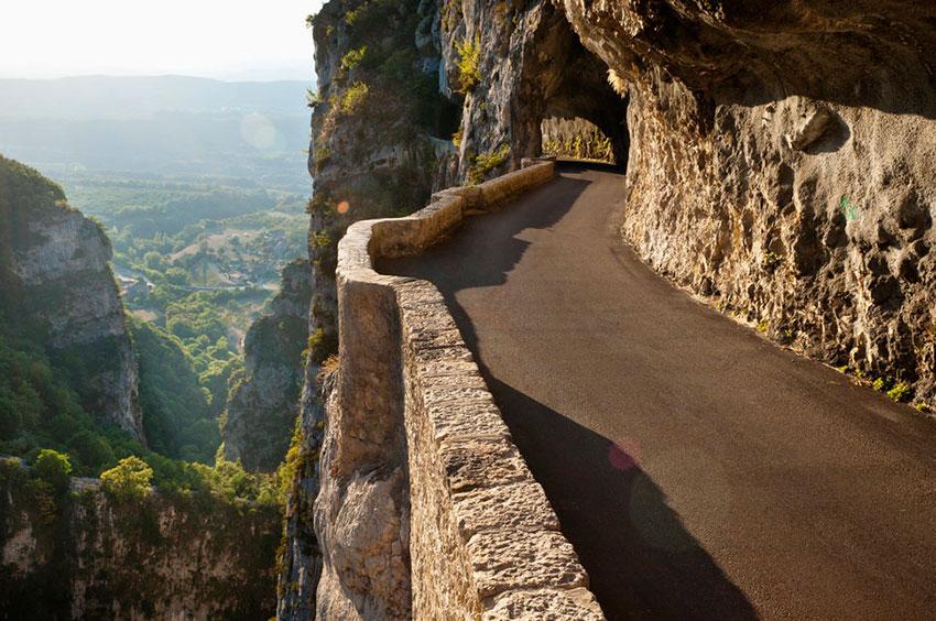 Горная Опасная дорога во Франции