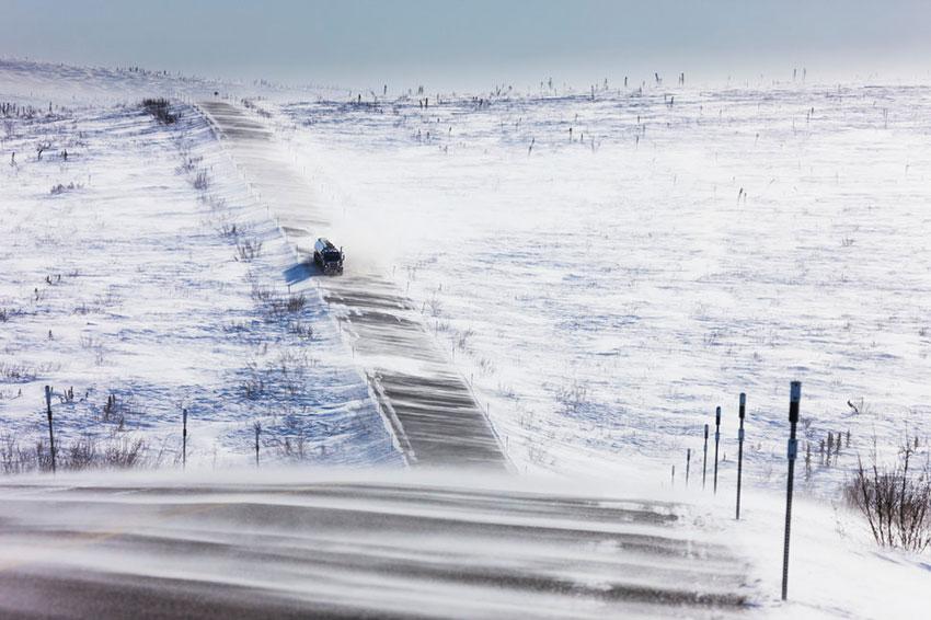 Снежная дорога опасность трасса Аляска