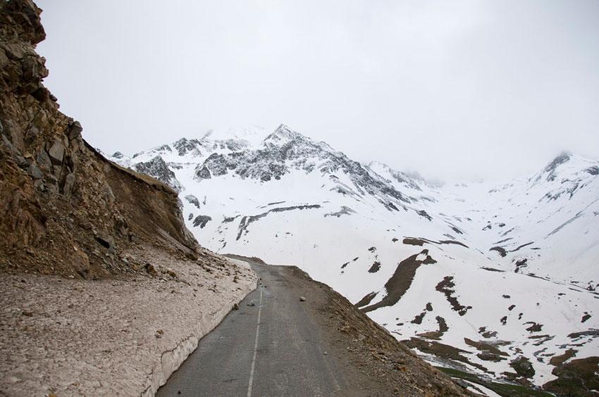 Опасная дорога в Турции горы