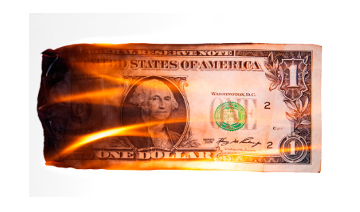 доллар в огне горит