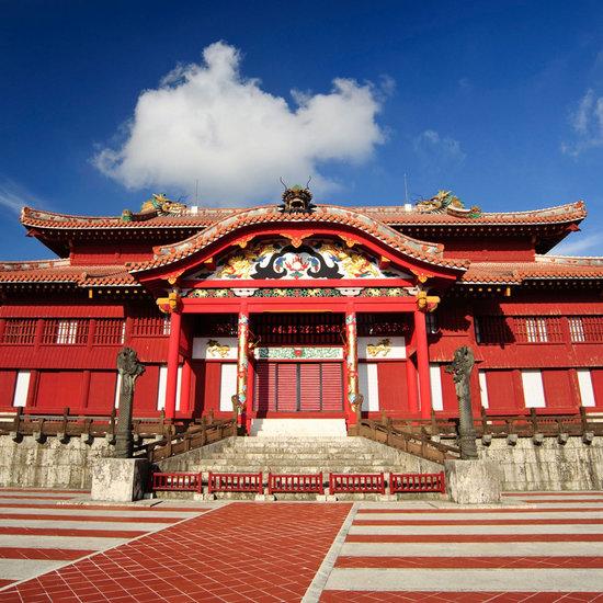 Замок Сюри Япония