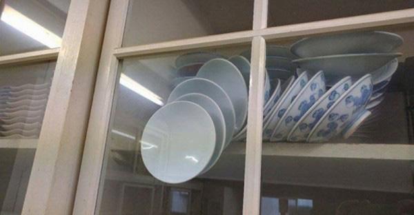 Спасал посуду